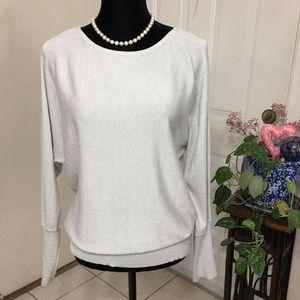 Black Rivet Gray/Silver Pearl Sleeved Sweater   M